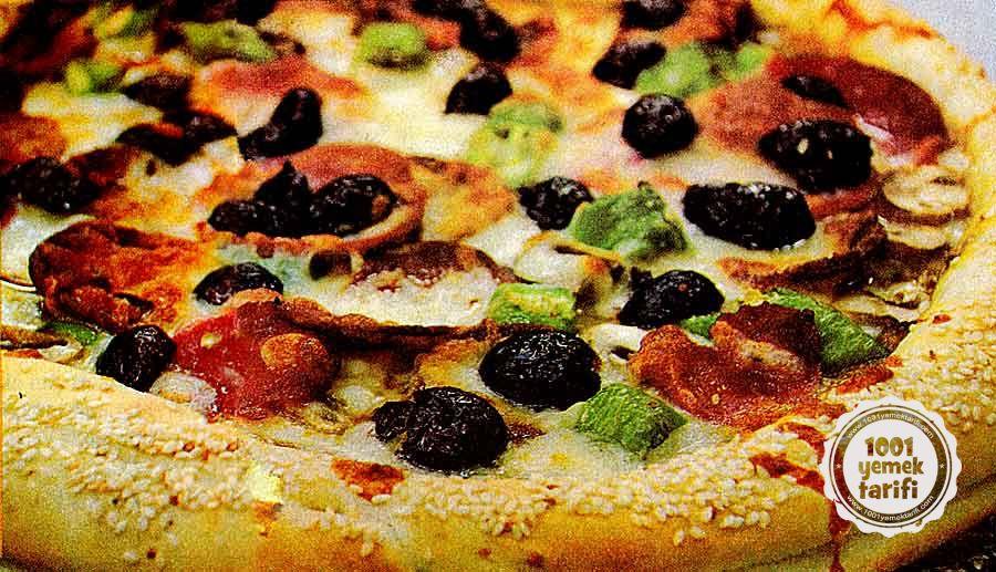 Nefis Pizza Tarifi: Susamlı Simit Pizza Yapımı (kalori ve besin değeri)