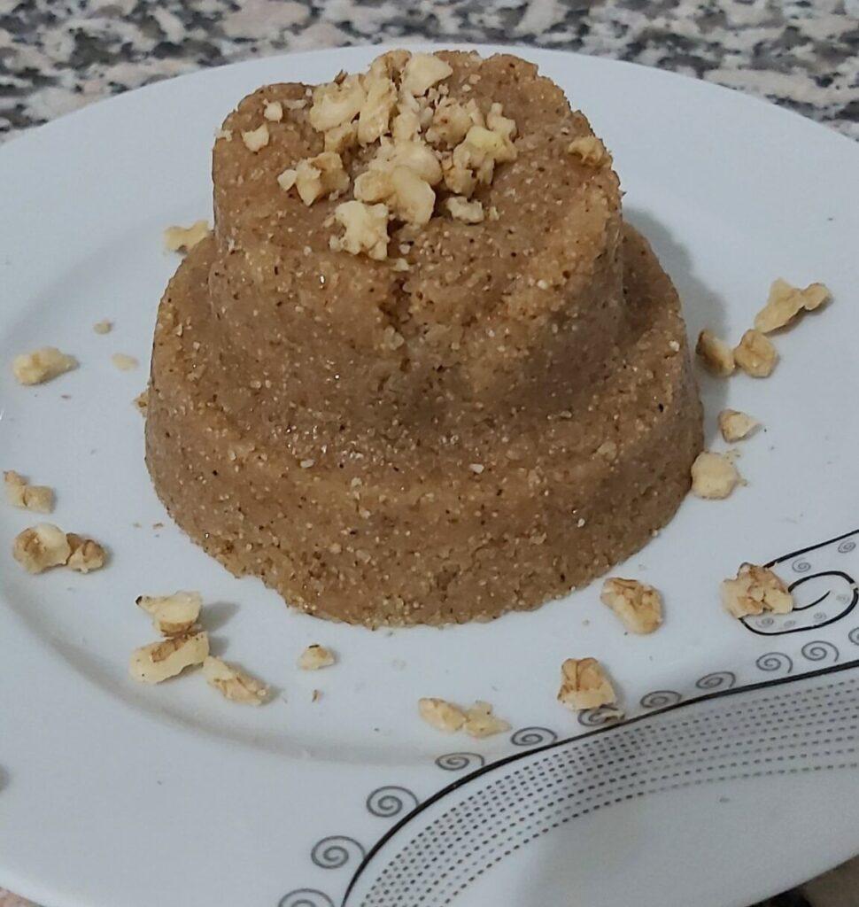 Dondurmalı İrmik Helvası Tatlısı Tarifi yapımı nasıl yapılır kaç kalori