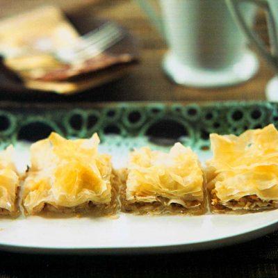 cevizli yufka tatlısı tarifi-hazır baklavalık yufka tatlısı-