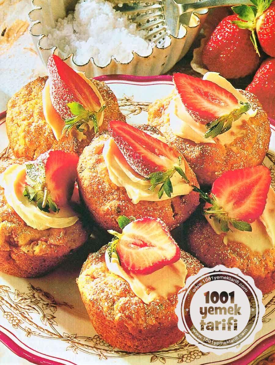 Muffin Tarifi | Nefis Çilekli Muffin Kek Tarifleri (kaç kalori)