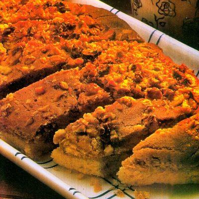 cevizli-ve-kakaolu-kek-tarifi-nefis-kolay ev yapimi-kac kalori-1001yemektarifi